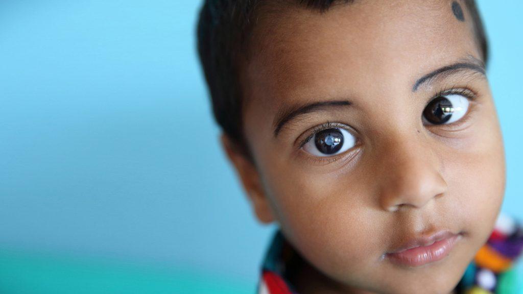 Treåriga Nadir från Bangladesh.