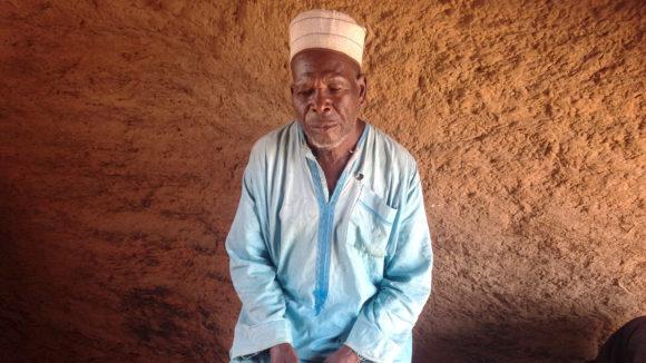 Ibrahim Hassan från Nigeria lider av lymfatisk filariasis.