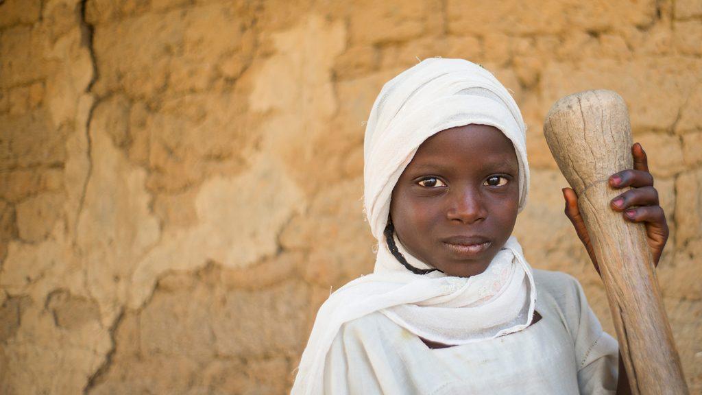 Sjuåriga Dorcas från Nigeria.