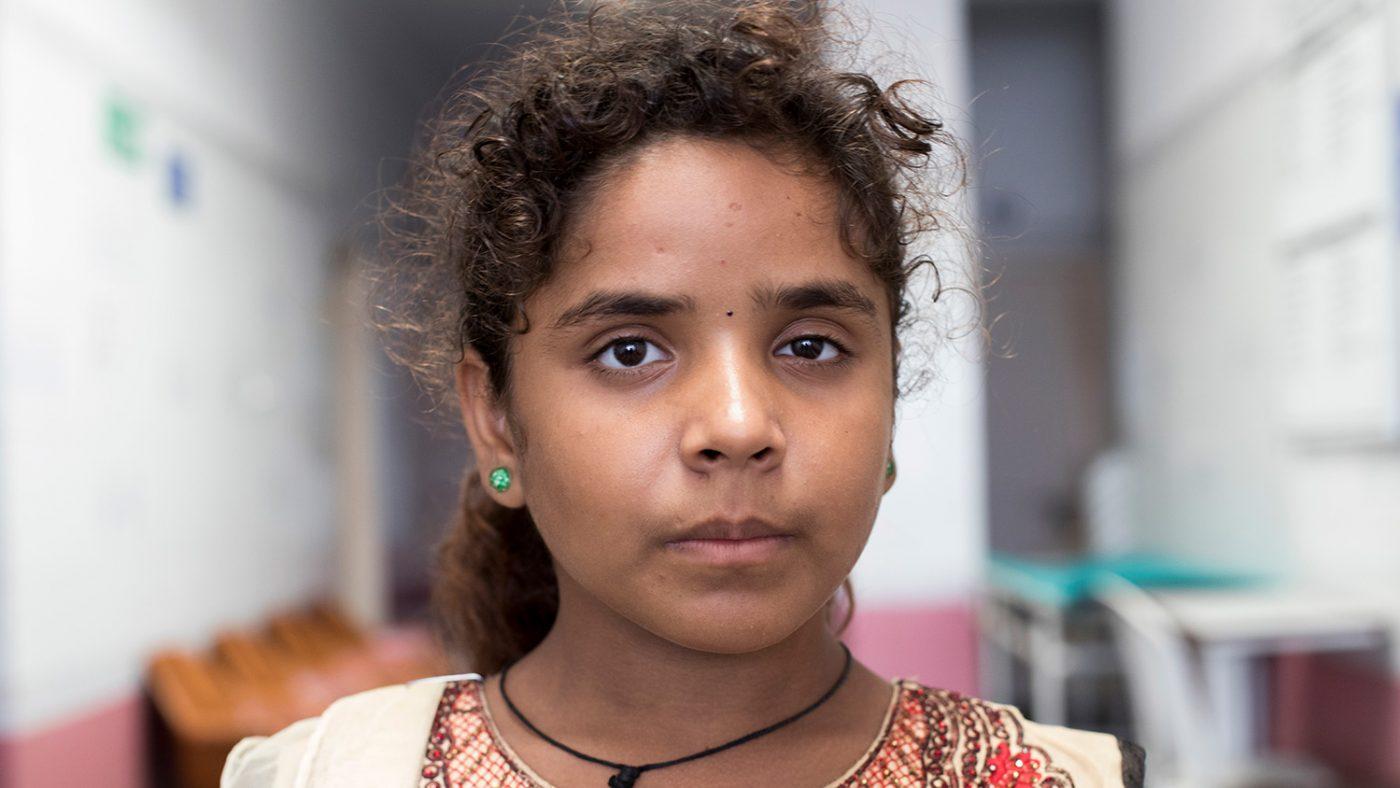 Shrasthri hoppas att en operation ska förbättra hennes syn.