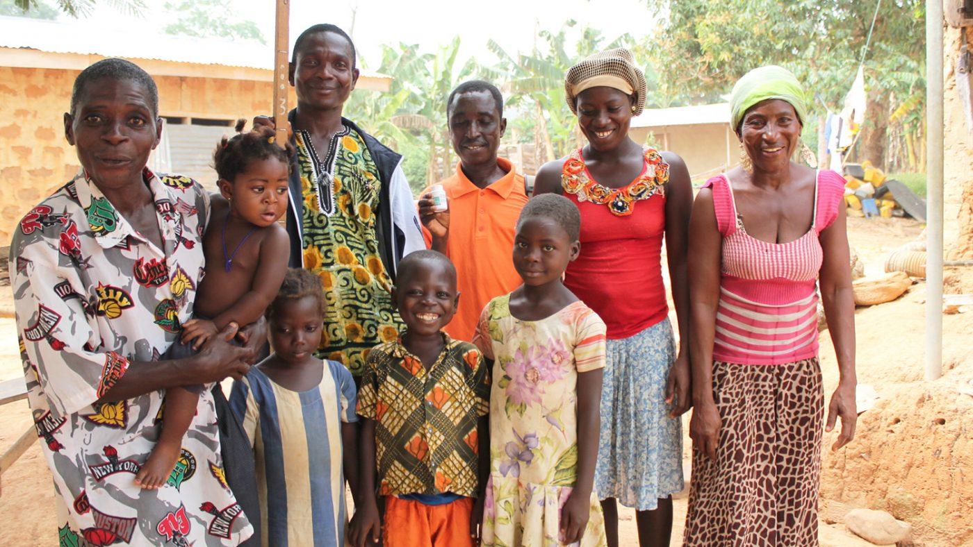 Kwaku Anim med sin familj i Ashanti, Ghana.