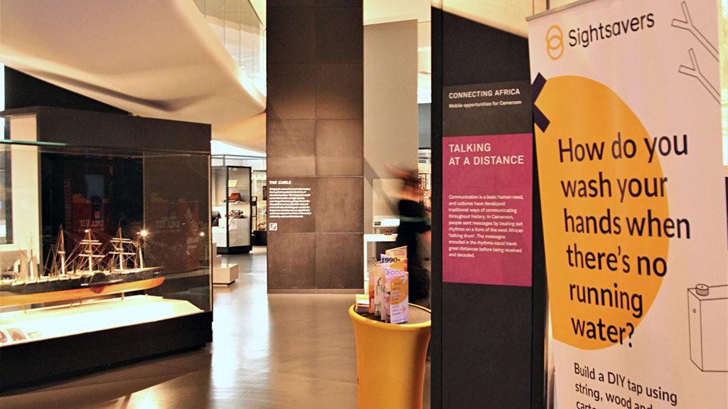 Sightsavers monter på Science Museum i London.